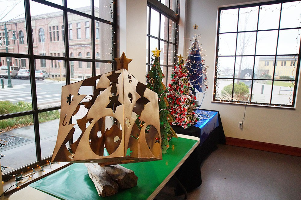 Annual PTPC Kraft Christmas Tree Contest